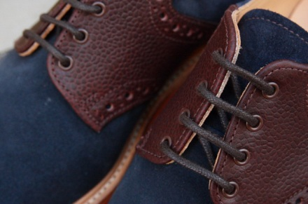 mark-mcnairy-two-tone-navy-army-grain-saddle-derby-shoe-red-brick-sole-3